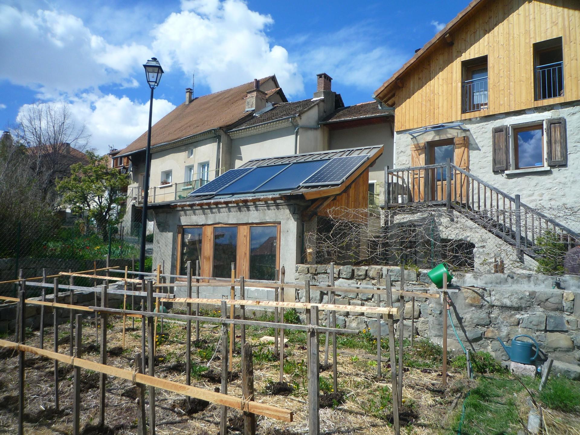 Jardin et solaires